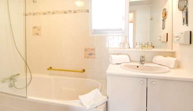 Hotel Restaurant et SPA Plaisir - bath