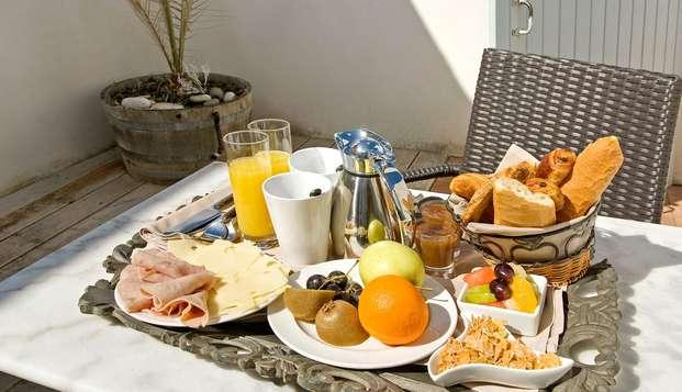 Hotel Restaurant et SPA Plaisir - breakfast