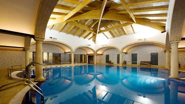 Escapada Relax con acceso al circuito termal en un balneario rodeado de jardines