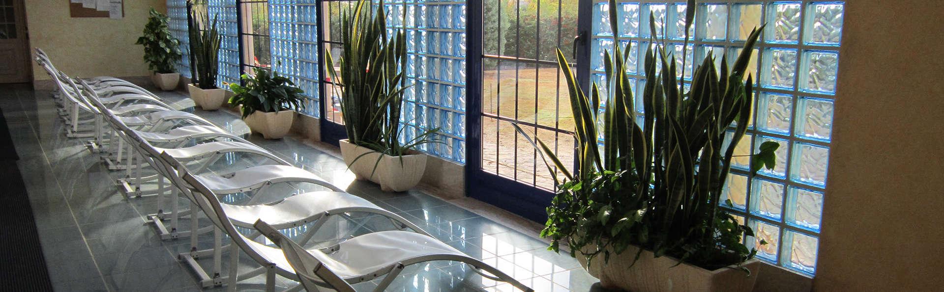 Hotel Balneario Cervantes - edit_SALA_DESCANSO_1.jpg