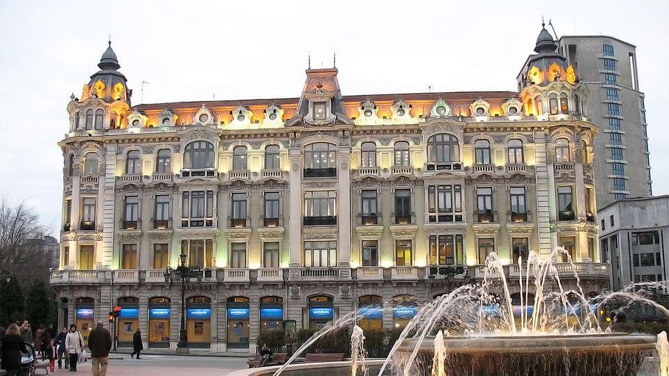 Hotel Oca Santo Domingo Plaza - EDIT_destination.jpg