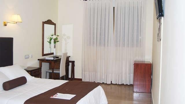 Hotel Emperatriz III