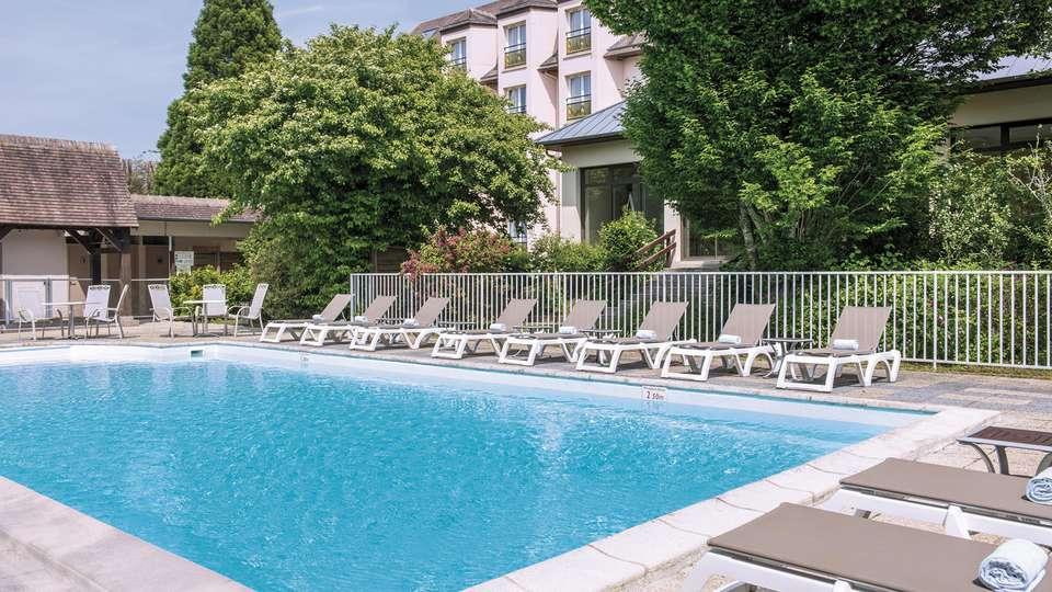 Hôtel Vacances Bleues Les Jardins de Deauville - edit_pool5.jpg