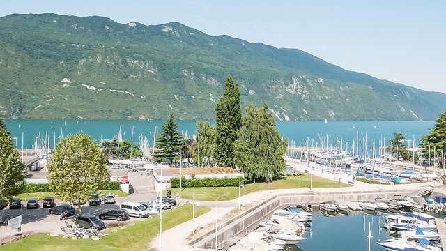 Relax e camera con vista lago ad Aix-les-Bains