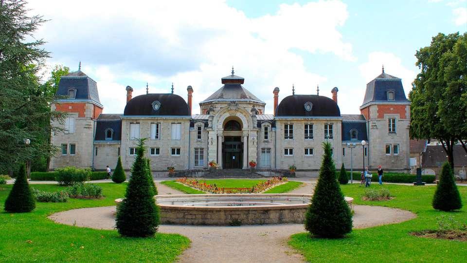 Hôtel du Béryl - edit_Lons-le-Saunier_Parc.jpg