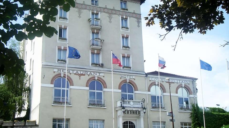 Hôtel Club Cosmos & Spa - EDIT_facade2.jpg