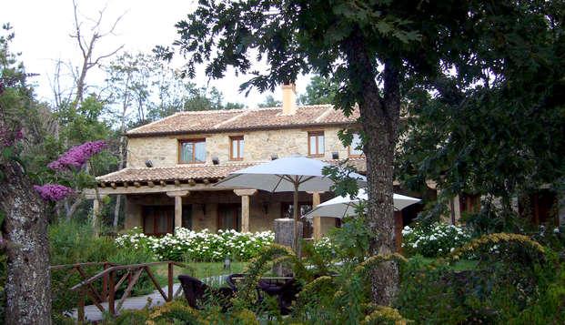 Escapada romántica en un paraíso natural con cena incluida cerca de Segovia