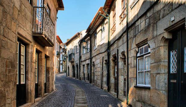 Escapada familiar con cena, acceso al Spa, y niño a mitad de precio cerca de Oporto
