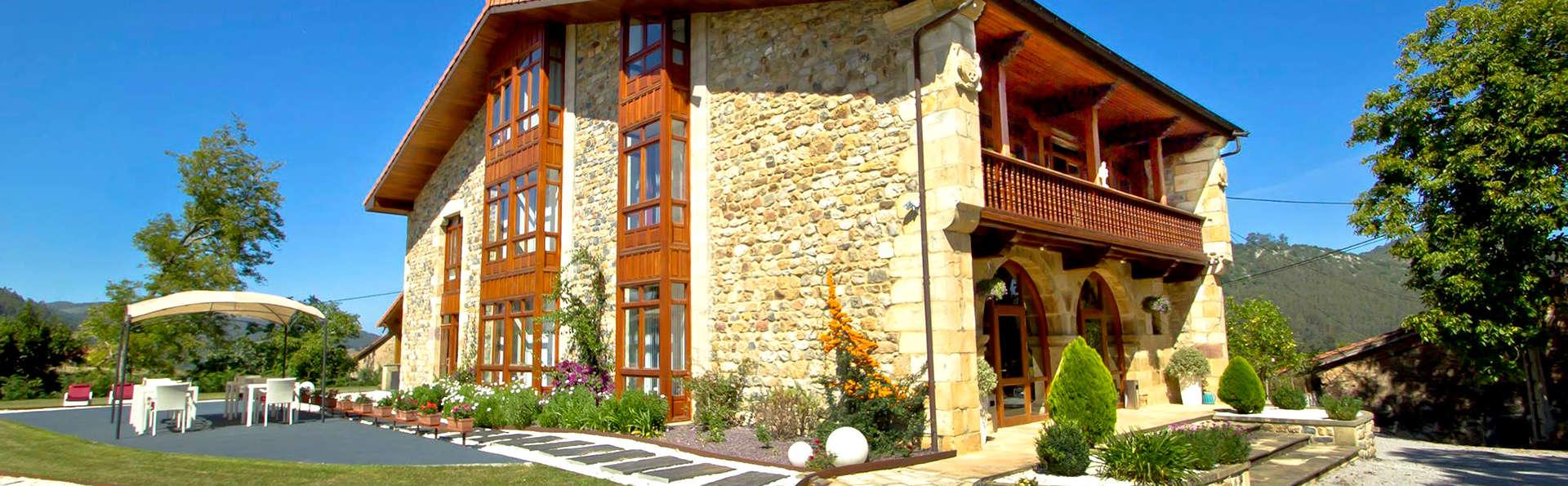 Hotel Villa Arce - Edit_Front2.jpg