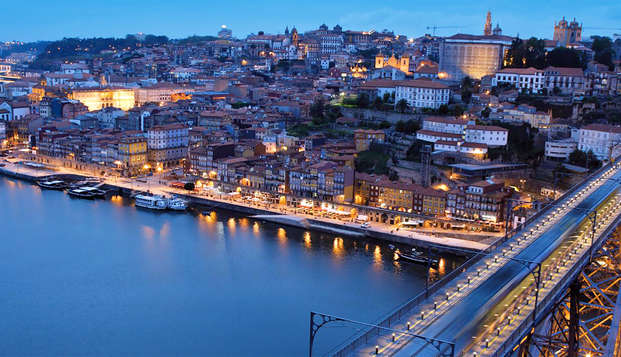 Descubre la belleza de la ciudad de Oporto en un 4*