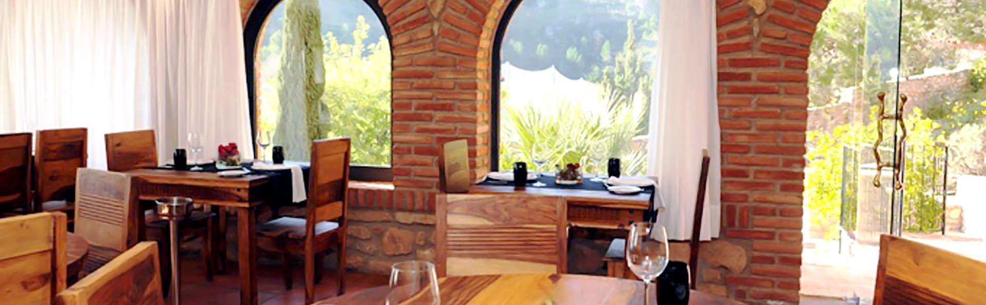 Figuerola Resort & Spa - Edit_restaurant.jpg