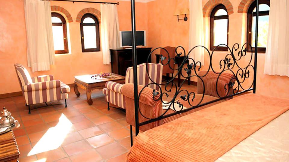 La Figuerola Hotel & Restaurant - Edit_Room.jpg