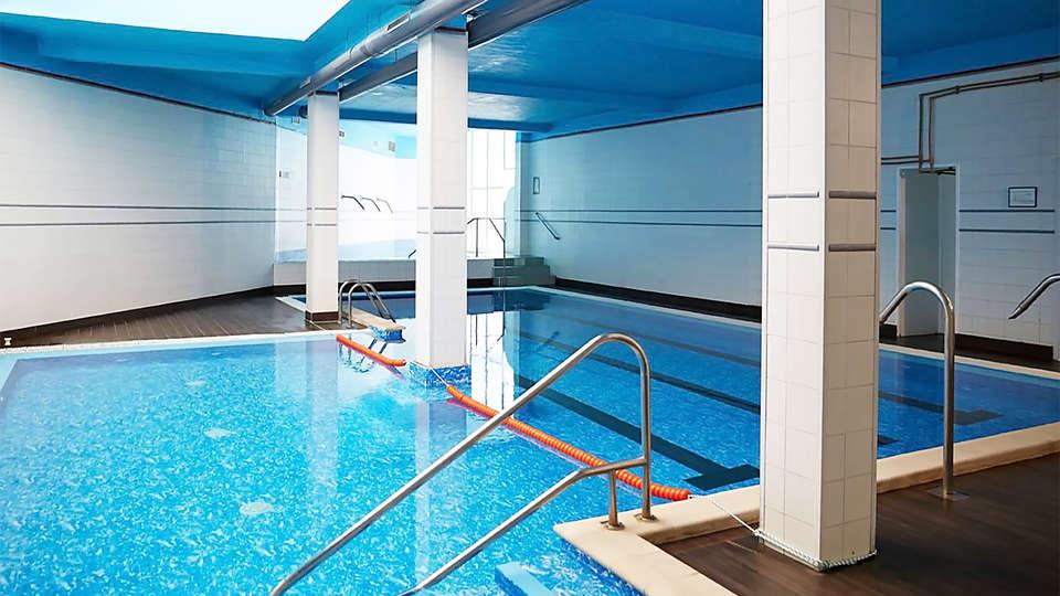 Gran Hotel Balneario de Cestona - EDIT_pool3.jpg