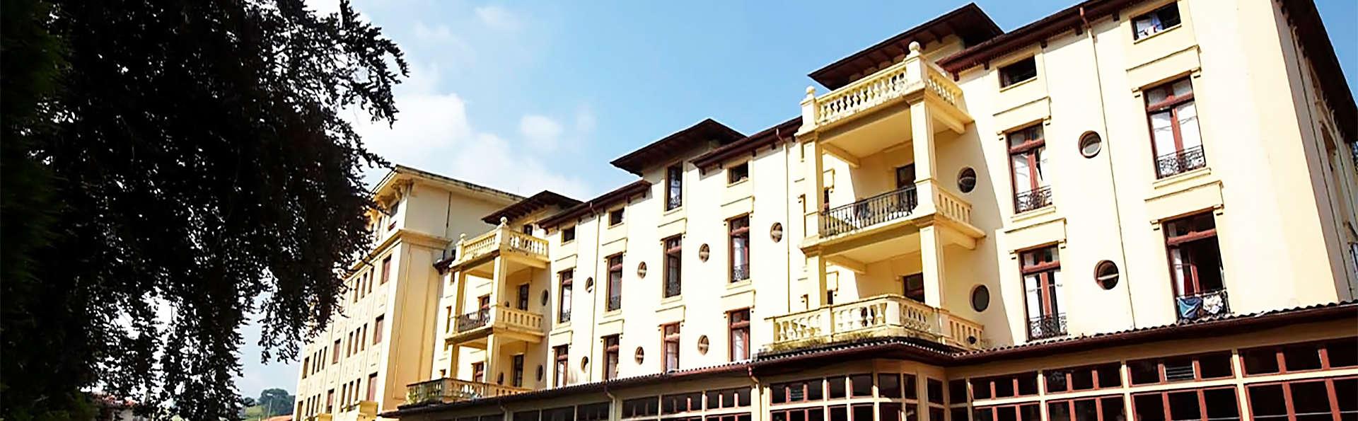 Gran Hotel Balneario de Liérganes - EDIT_facade2.jpg