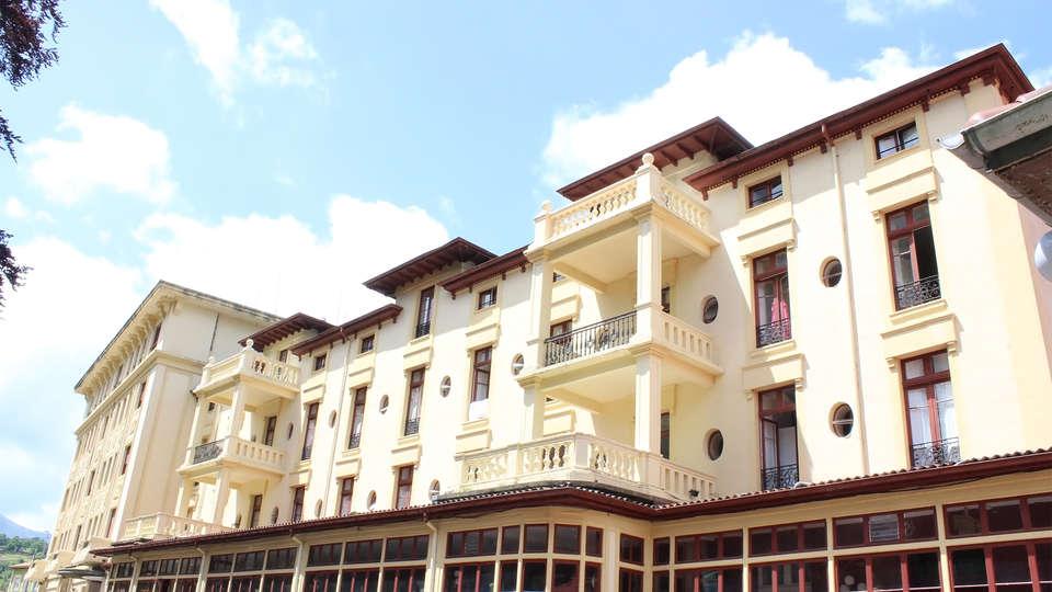 Gran Hotel Balneario de Liérganes - EDIT_facade5.jpg
