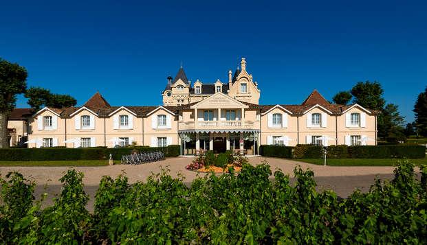 Hotel Chateau Et Spa Grand Barrail - Entree-du-Chateau-Grand-Barrail-