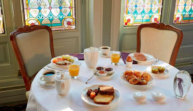 Hotel Chateau Et Spa Grand Barrail - Petit-dejeuner-