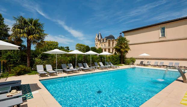 Hotel Chateau Et Spa Grand Barrail - Piscine-