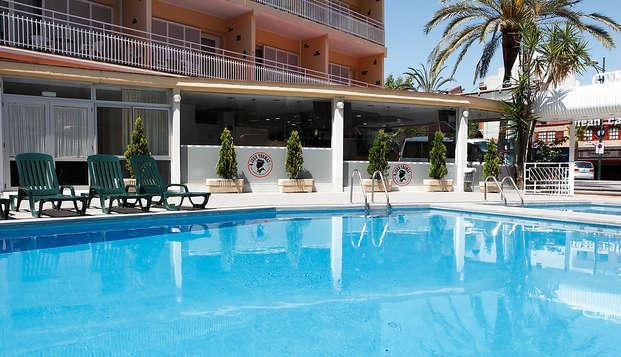 Séjour avec diner dans un hotel rènové de Lloret de mar