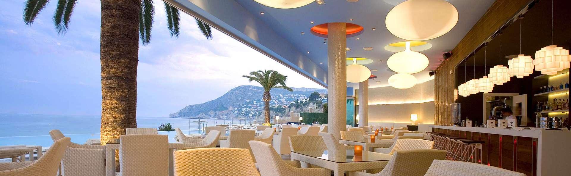 Gran Hotel Sol y Mar (Adults Only) - EDIT_terrace.jpg
