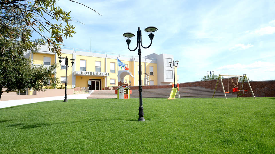 Hotel Balai Sardegna - Edit_Garden2.jpg