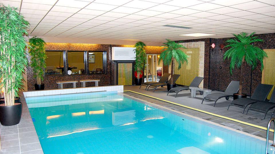 Hotel Waddenweelde  - Edit_Pool.jpg