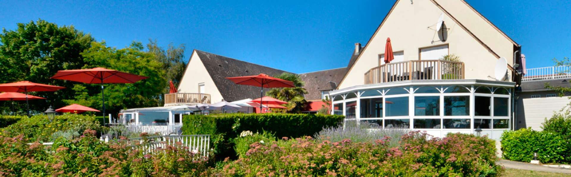 Les Terrasses de Saumur - EDIT_front.jpg