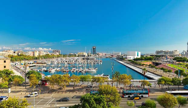 Mini-vacaciones a Barcelona en un hotel enfrente del Puerto Viejo (desde 3 noches)