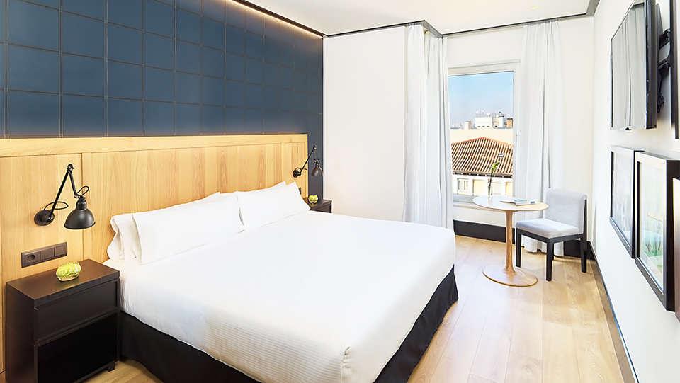 H10 Puerta de Alcalá - EDIT_room6.jpg