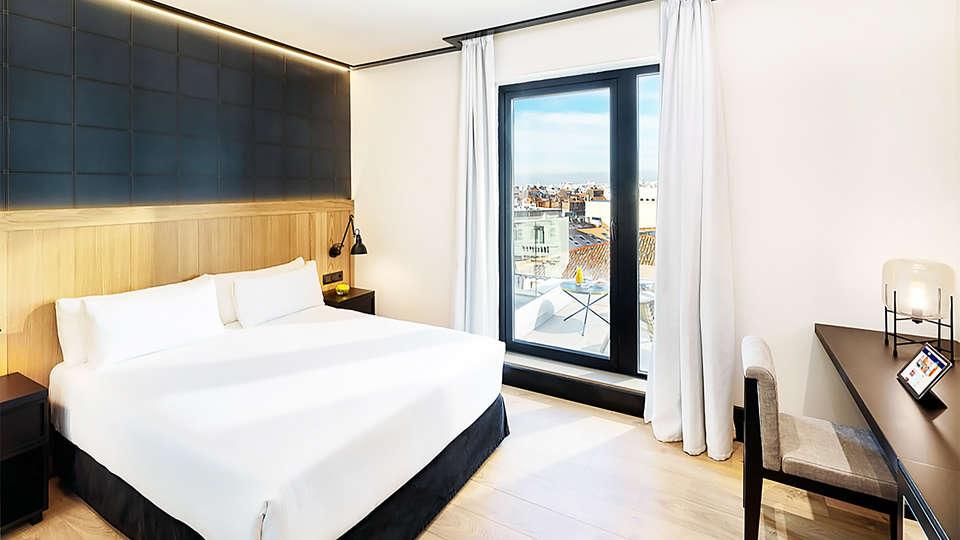 H10 Puerta de Alcalá - EDIT_room11.jpg