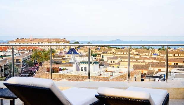 Escápate en el Mar Menor con desayuno incluido y acceso a la zona relax