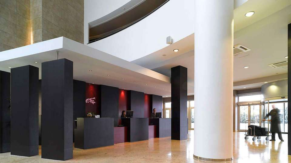 Hotel Abades Nevada Palace - EDIT_reception.jpg