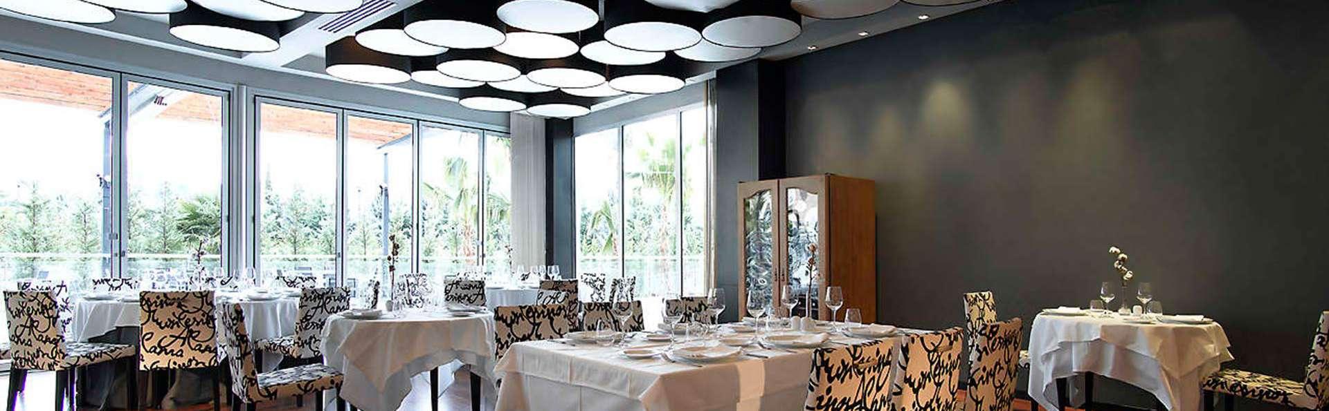 Escapada romántica con cena y circuito de spa en Granada