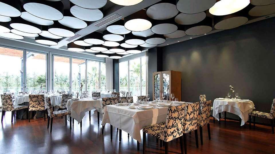 Hotel Abades Nevada Palace - EDIT_restaurant.jpg