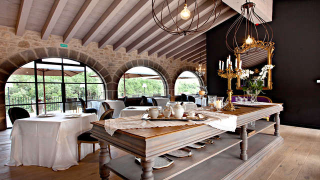 Romanticismo y Gastronomía en la naturaleza catalana de LLadurs