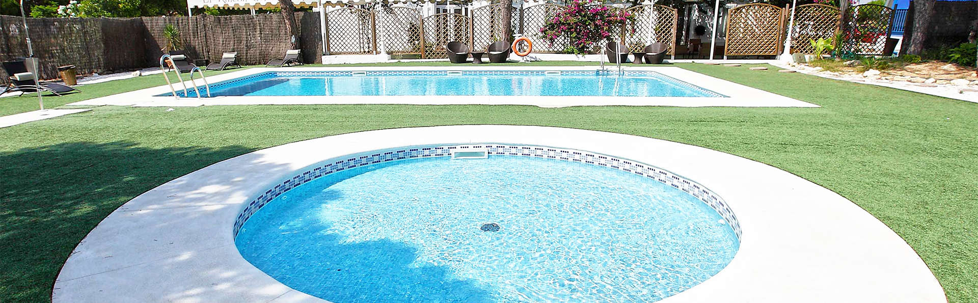 Hotel Albaida Nature - EDIT_pool2.jpg