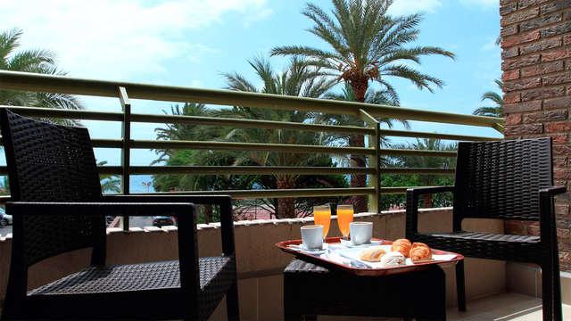 Escapade face à la mer avec petit-déjeuner à Alicante