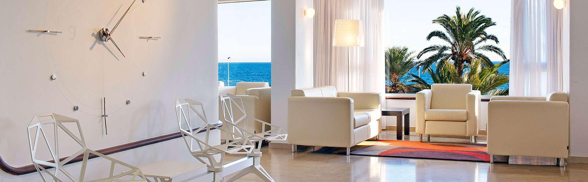 Hotel Albahia Alicante - EDIT_lounge.jpg