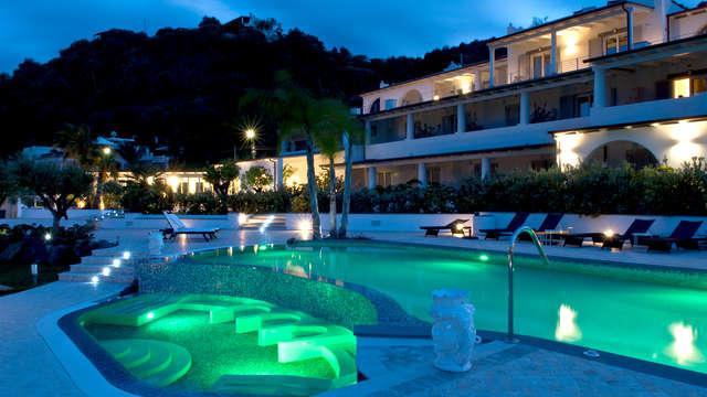 Soggiorno a Lipari in un'oasi di relax a 4*