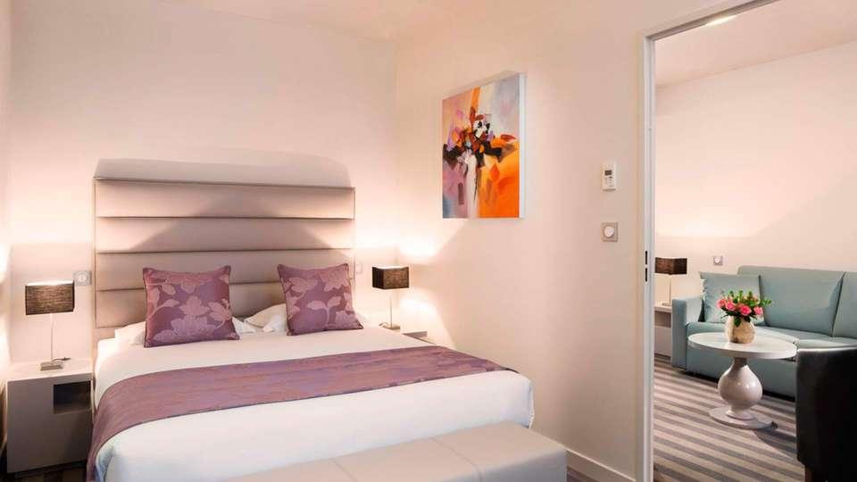 Executive Hotel Paris Gennevilliers - EDIT_room5.jpg