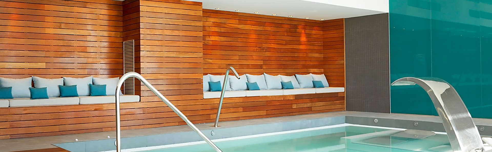 Relax total con vistas al mar: Con acceso al spa, cena, Gintonic y mucho más