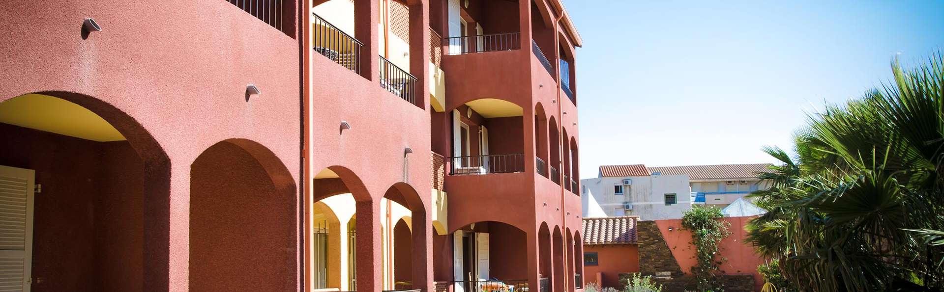 Malibu Village - EDIT_exterior4.jpg