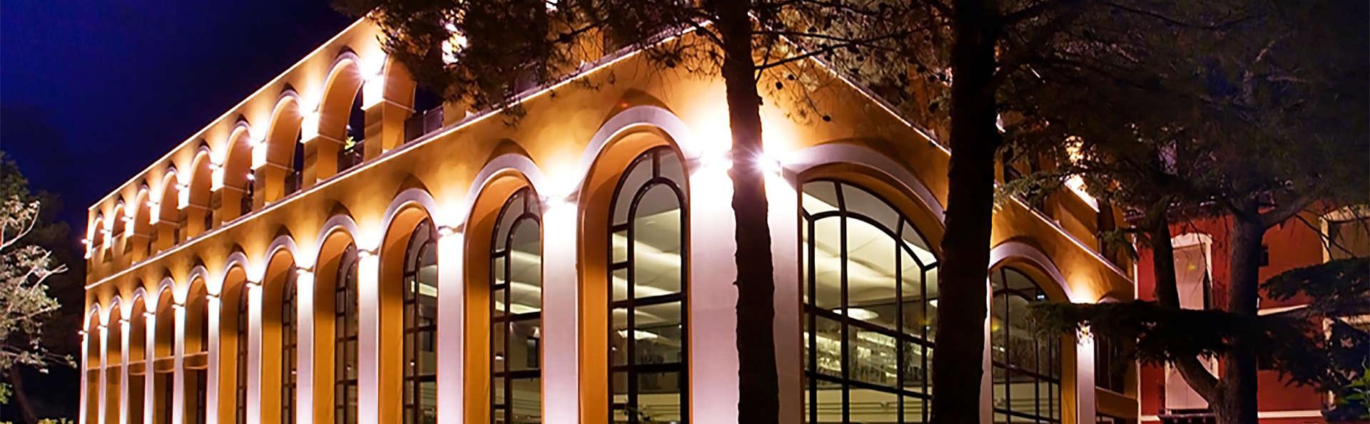 Hotel Balneario Paracuellos de Jiloca - EDIT_facade.jpg