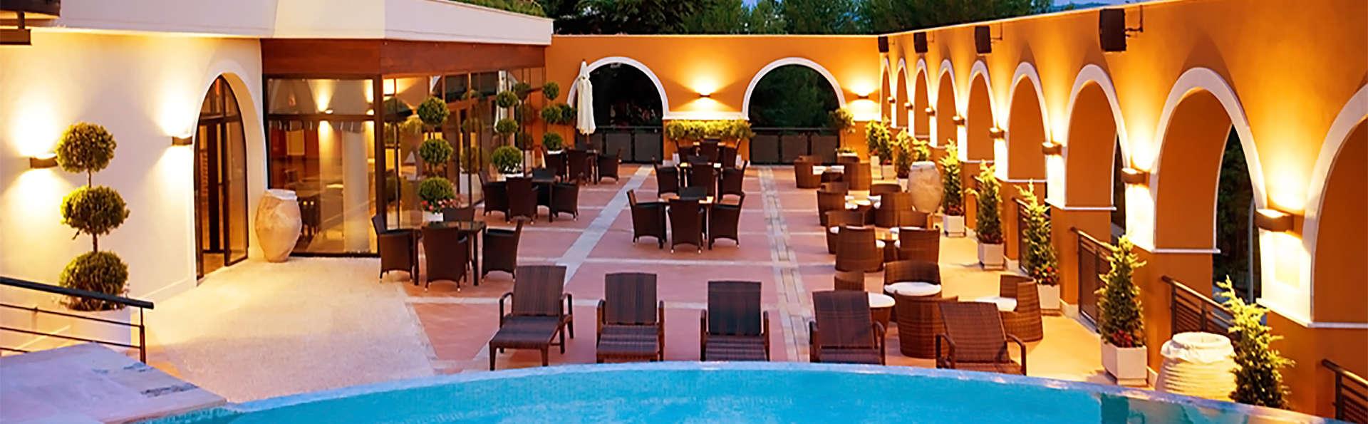 Hotel Balneario Paracuellos de Jiloca - EDIT_pool3.jpg