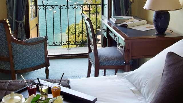 Week-end détente avec chambre vue sur le lac au bord du Lac d'Annecy