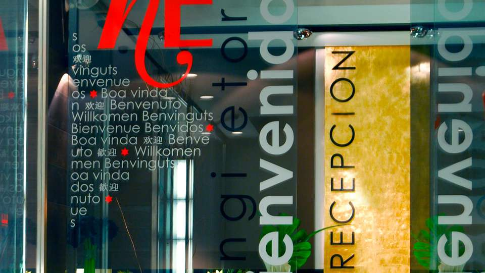 Hotel Ercilla - EDIT_detailreception.jpg