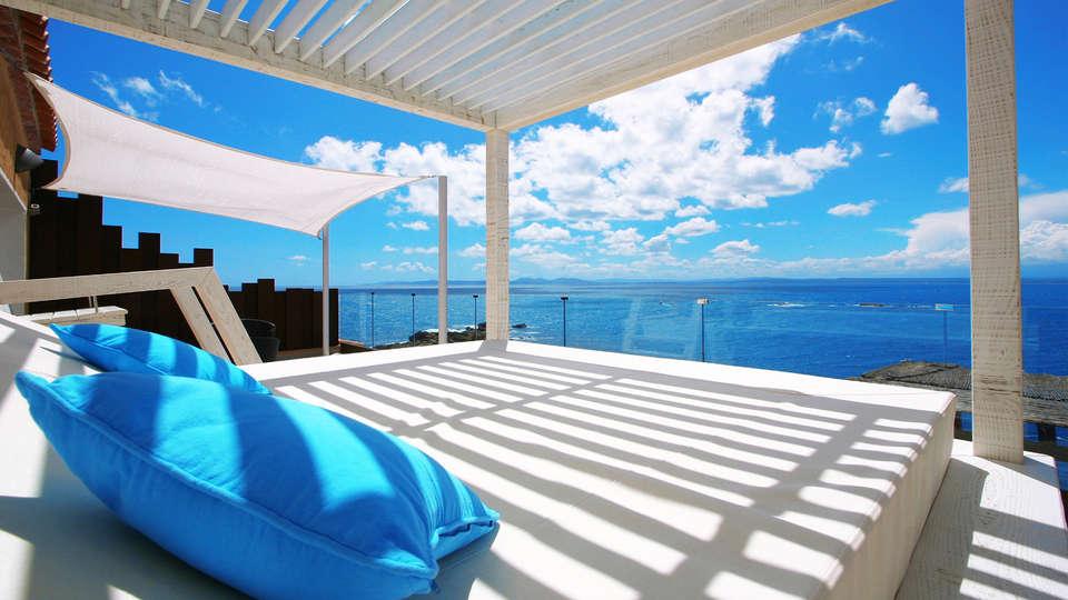 Hotel Vistabella - edit_Penthouse-Suite-1.jpg