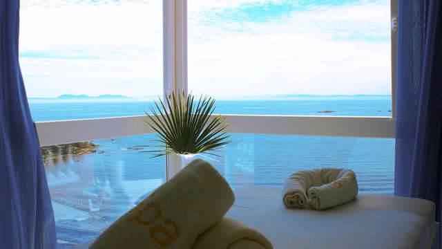 Descubre el relax absoluto con esta escapada 5* con masaje en Roses