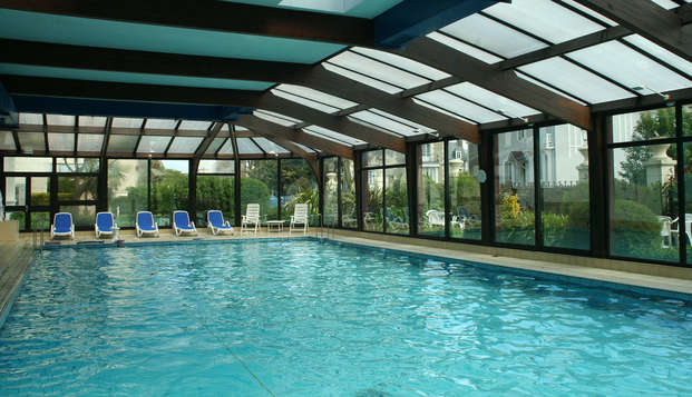 Grand Hotel des Thermes - pool interior