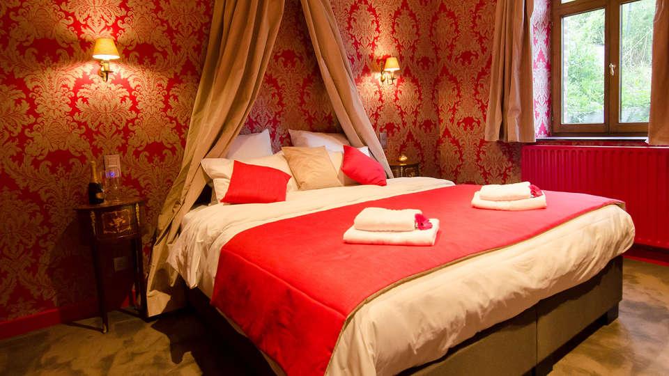 River Lodge Hotel Insolite - Edit_SunKing2.jpg